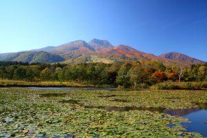 秋の妙高山