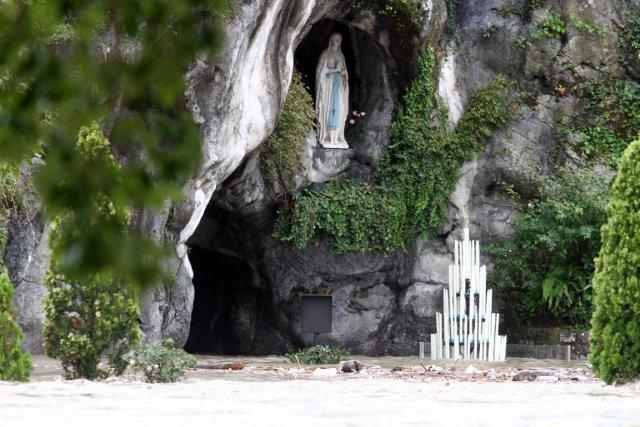 奇跡の洞窟