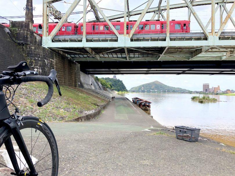 犬山橋と犬山城