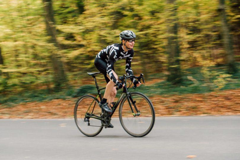 自転車と坂道
