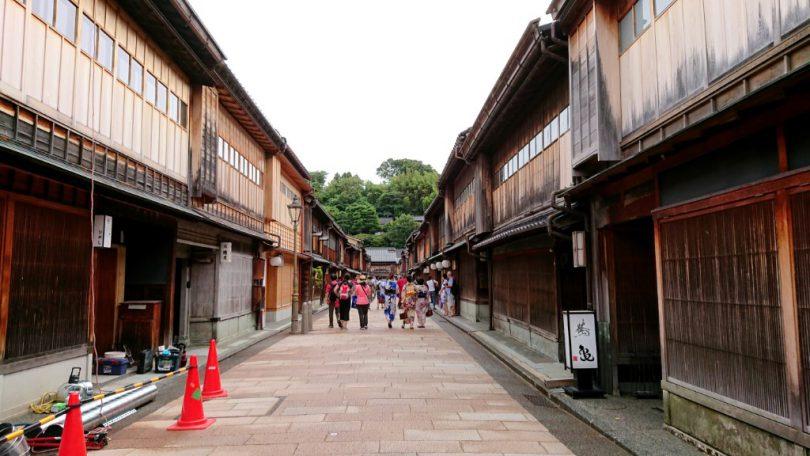 ひがし茶屋街 重要伝統的建造物群保存地区