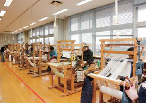 久米島紬の里 ユイマール館