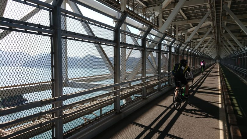 因島大橋 自転車道
