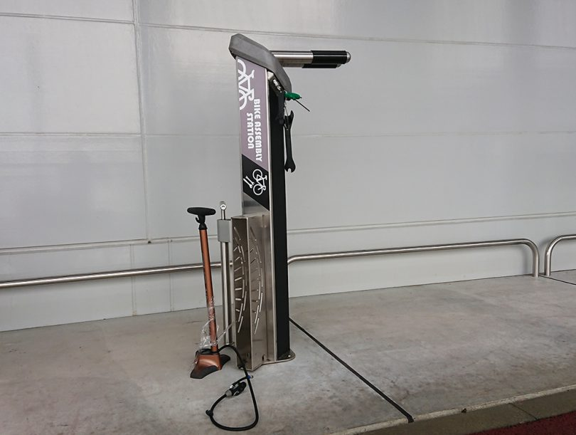 自転車用組み立てスタンド・工具
