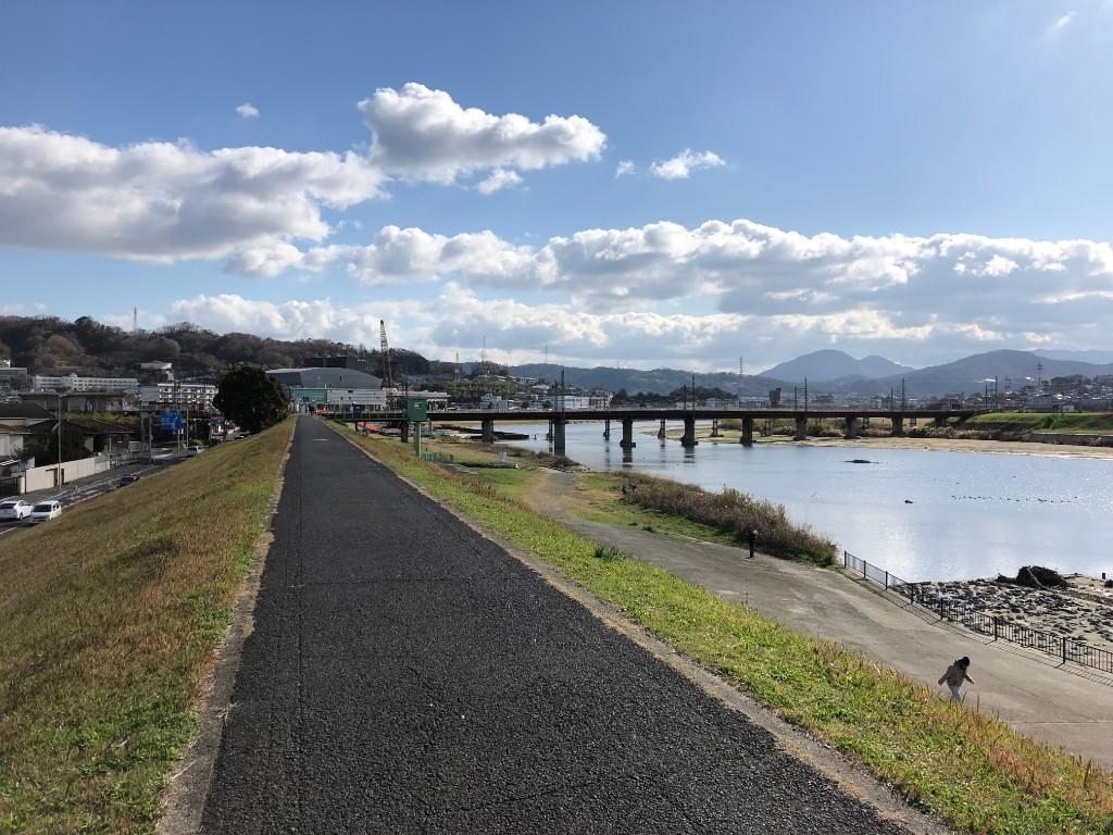近鉄大阪線と二上山