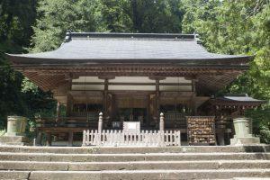 金鑚神社の拝殿