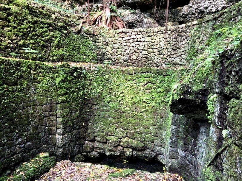 洞穴井戸、うりがー、大和井
