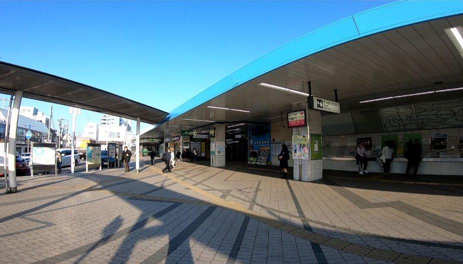 JR逗子駅前