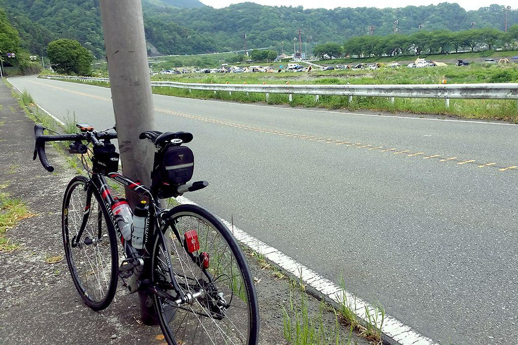 中津川の河川敷にはキャンプ場も多い