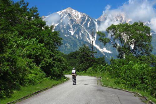 12_目の前に迫る白馬鑓ヶ岳!尖った山頂が特徴的!