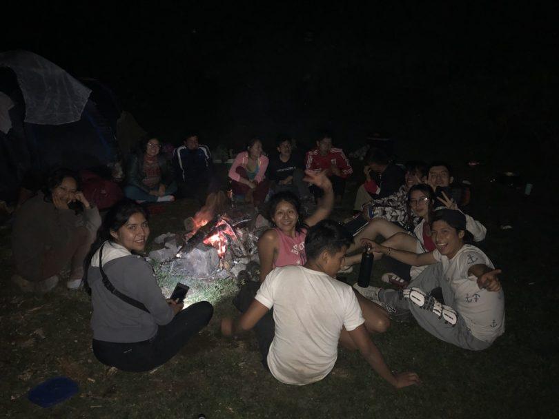 焚き火、キャンプ